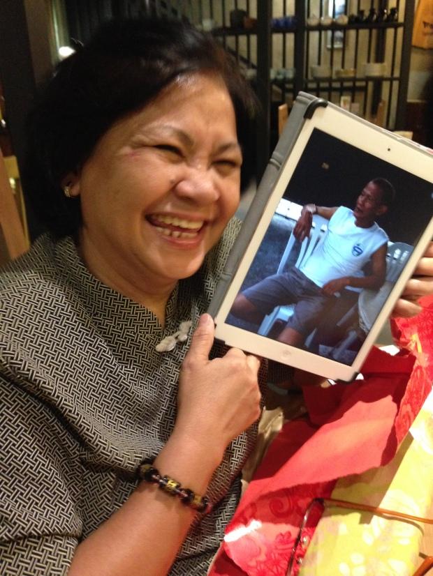 Nanay and her iPad