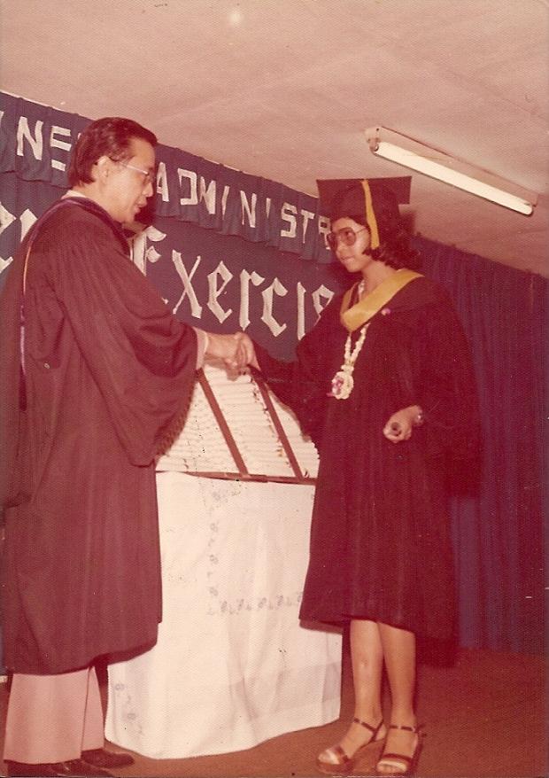 Nanay graduating