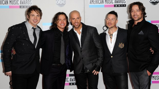 LOS ANGELES, CA - NOVEMBER 20:  Musicians Brian Craddock, Robin Diaz, Chris Daughtry, Josh Paul, and Josh Steely of Daughtry arrive at the 2011 American Music Awards held at Nokia Theatre L.A. LIVE on November 20, 2011 in Los Angeles, California.  (Photo by Jason Merritt/Getty Images)